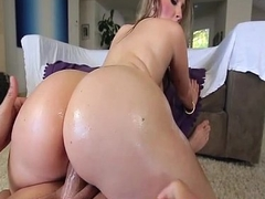 Cute Tow-headed With Perfect Curves - Harley Jade