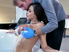 Brazzers - Doctor Experiences - (Ariella Ferrera) Wet Naughty Sponge Lave Party