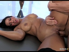 Bubble butt shady spreads & oils her botheration before assfuck