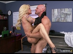 Slutty blonde paitent begs their way doctor to give their way some hard unearth
