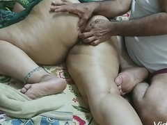 (BIG ROUND BUTT MASSAGE) INDIAN DAUGHTER-IN-LAW MADE A MASSAGE WITH The brush FATHER-IN-LAW WITH OIL ON The brush BIG ROUND Irritant AND SATISFIED Be imparted to murder MULTI OF FINGER RAMMED IN the ass