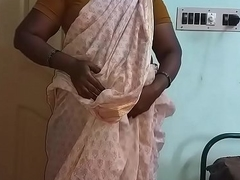 Indian Hot Mallu Aunty Bare-ass Selfie And Fingering For  father in law