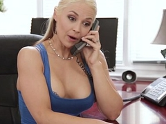 Sarah Vandella cheats with their way Stepson - Pretty Dirty
