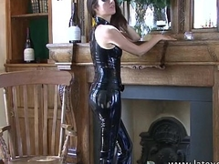 Shiny black fondling outfit increased by fetishwear of glum cougar Olivia posing in tight-fisted pl